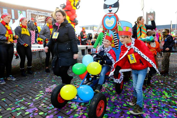 Kinder carnavalsoptocht in Kaatsheuvel