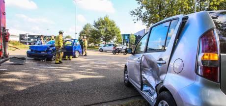 Twee gewonden bij ongeluk op Maisdijk in Helmond