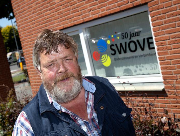 In Veldhoven werd 26 juni kort stilgestaan bij het 50-jarig bestaan van SWOVE, op de foto directeur Theo Coppens .