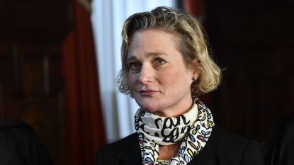 """Expert familierecht: """"Titel van prinses komt niet alleen Delphine Boël toe, maar ook haar kinderen"""""""