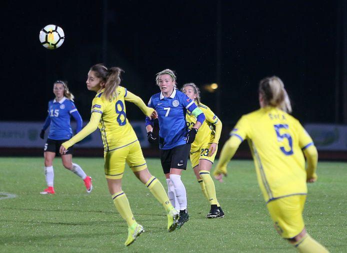 De vrouwen van Kosovo in actie tegen Estland.