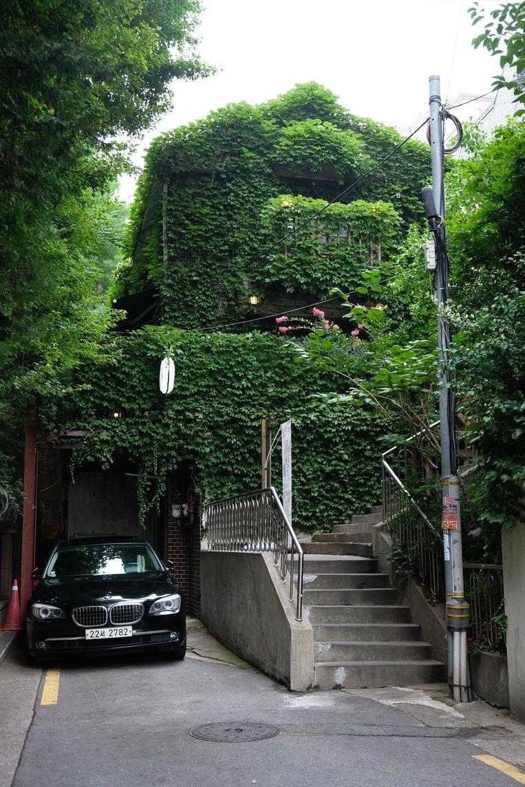 Café Soraesu, waar regisseur Bong Joon-ho zijn film Parasite schreef. Beeld Sangsuk Sylvia Kang