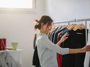 3 marques de vêtements éthiques qui vous aident à dire non aux soldes