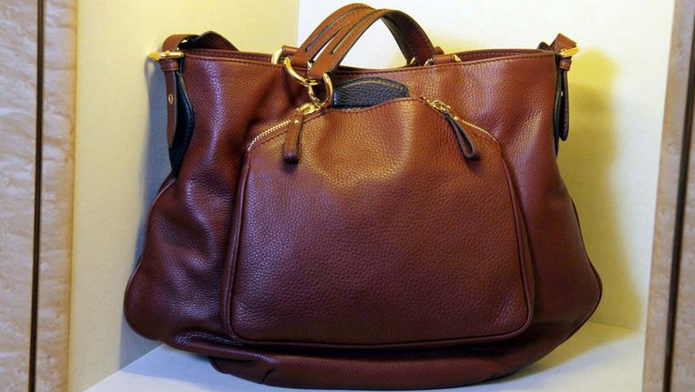 553baab7436 Style Dat modehuizen de ecotour willen opgaan in de productie van leren  handtassen kunnen we alleen maar toejuichen. Al doet Gucci dit wel op een  erg ...