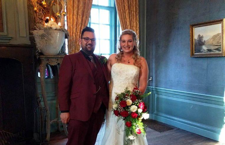 Hendry en Meike bij hun huwelijk.