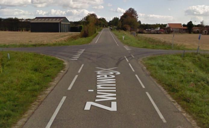De kruising in Ellewoutsdijk.