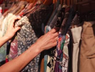 """Tweedehandskleding is big business, zelfs grote modemerken komen met hun eigen formule: """"Zij willen ook van fast fashion af"""""""