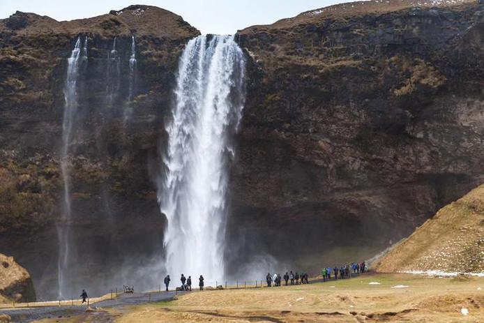 Les chutes de Seljalandfoss