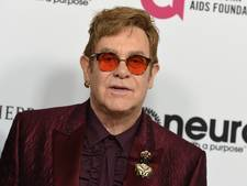 Elton John overweldigd door hoeveelheid beterschapswensen