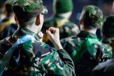 Pelotonscommandant KMA Breda geschorst vanwege relaties met leerlingen