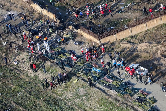 Un Boeing 737 de la compagnie Ukraine International s'est écrasé mercredi matin après son décollage de l'aéroport de Téhéran.