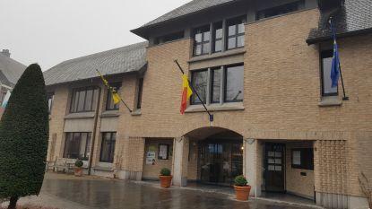 Politici in Halle worden één keer betaald voor gemeenteraad én OCMW-raad