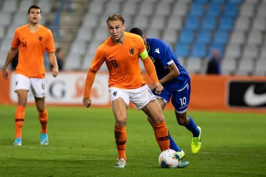 Teun Koopmeiners is de aanvoerder van Jong Oranje en scoorde dit eredivisieseizoen al vijf keer.