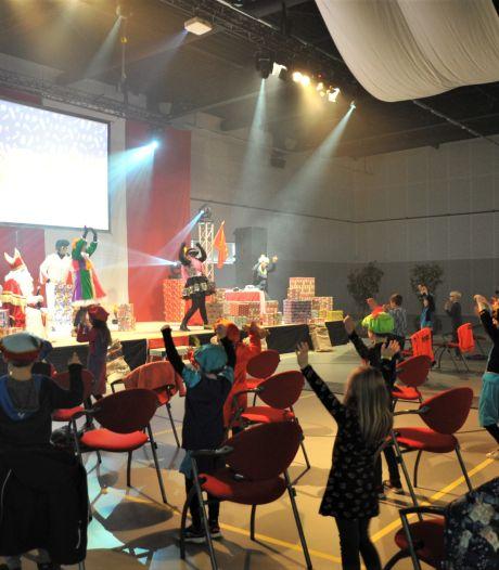 Kinderen in Renkum in meerdere ploegen naar Sinterklaas