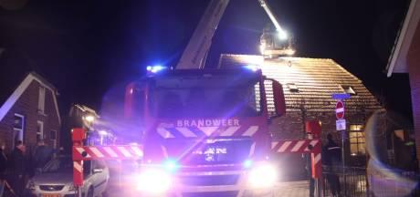 Brand in schouw zorgt voor veel schade aan woning in Rijssen