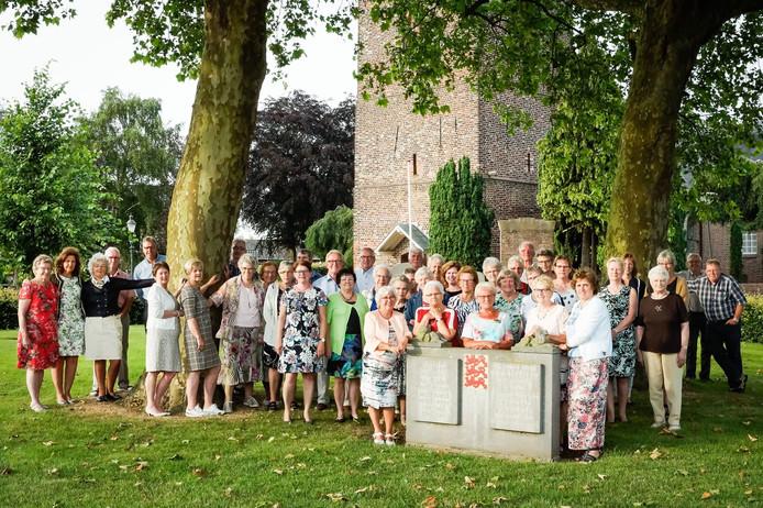 De Christelijke zangvereniging De Lofstem heeft in de loop der jaren het repertoire wel wat aangepast.