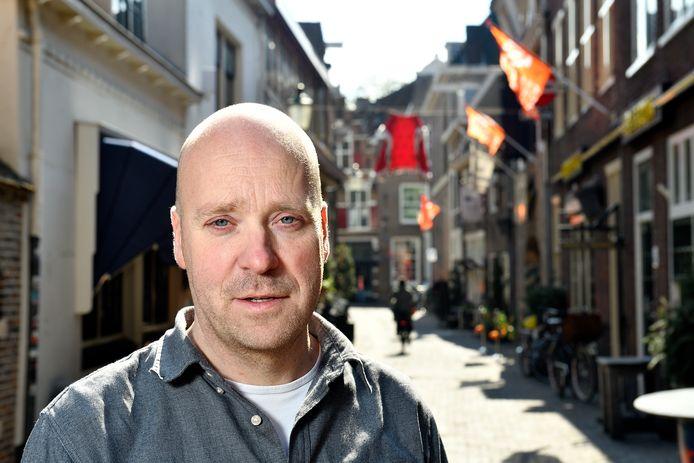 Henri Vinke zorgt voor het crowdmanagement tijdens Koningsdag.