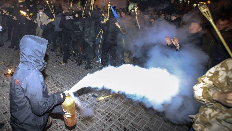 Ook gisteren en vandaag kwam het tot onlusten op het centrale Maidan-plein in Kiev Beeld reuters