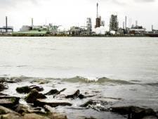 Gevaarlijke stoffen nog altijd in rivier geloosd door traag Rijkswaterstaat