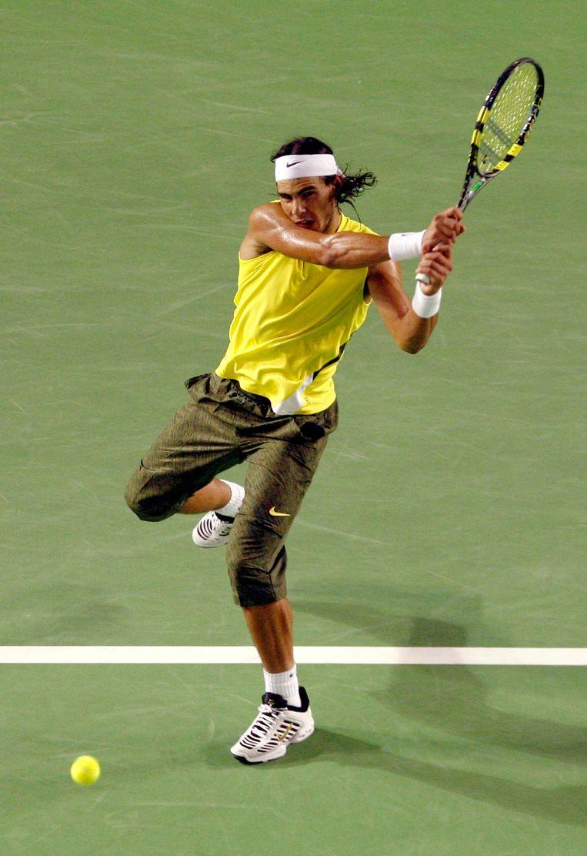 Rafael Nadal bereikt in de terecht verketterde Capribroek de kwartfinale van de Australian Open. Beeld reuters