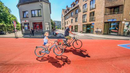 Stad zet in op verkeersveiligheid bij start nieuw schooljaar: 58 euro boete voor wie fietsers inhaalt in de fietszone