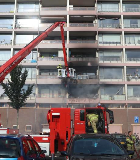 Drie woningen onbewoonbaar na uitslaande brand in flat in Ede