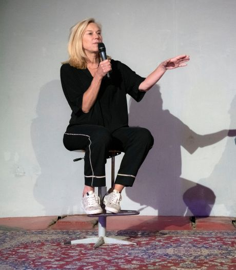 Sigrid Kaag (D66) op bezoek in Nijmegen: ze wil een leider zijn die niet schreeuwt, want 'dat doen er al genoeg'