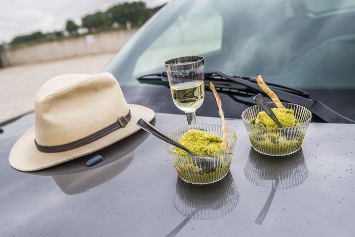 Reis & Spijs: een toeristische rondrit door de regio langs vier restaurants die take-away-gerechten serveren.