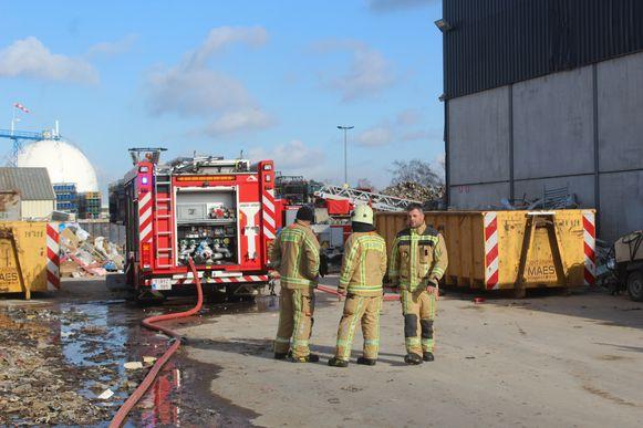 Brandweerpost Tessenderlo kon de machine buiten blussen.