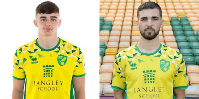 Links Simon Power en rechts Adam Phillips van Norwich City.