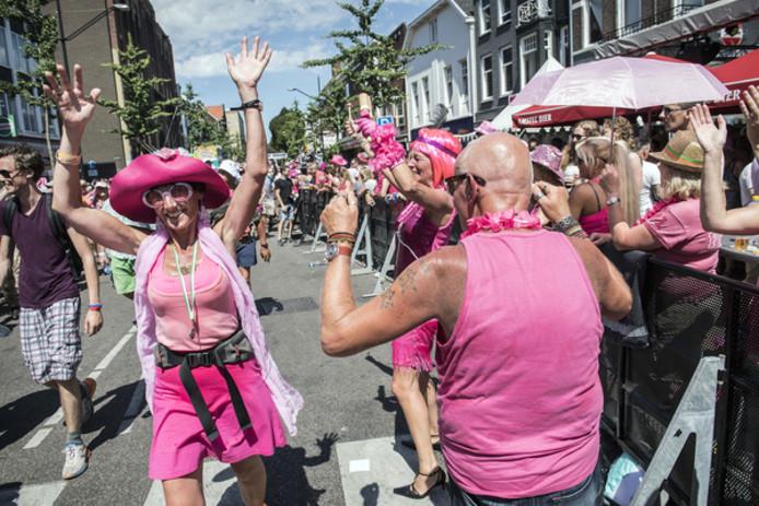 Intocht met Roze Woensdag.