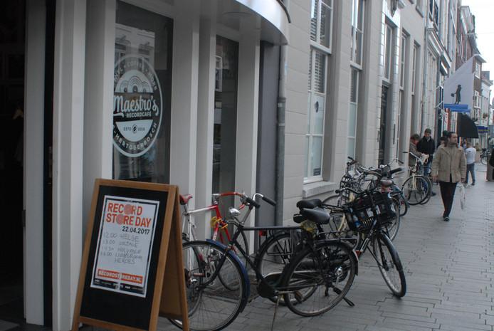 Maestro's Recordcafé aan de Hinthamerstraat
