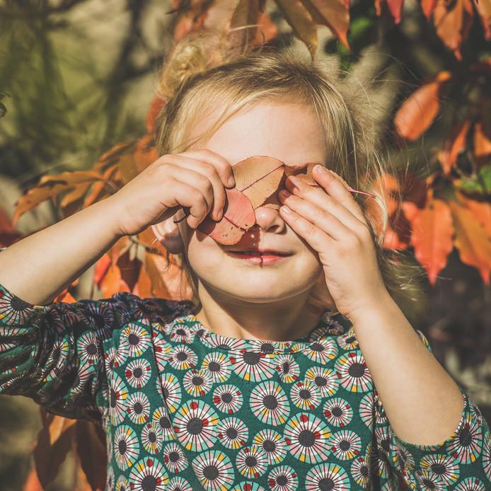 Vijf jaar is ze nog maar. Sinds deze zomer weten ouders Koos en Evelien Janssen dat ze de ziekte van Batten (type CLN3) heeft. Deze diagnose zet alles op zijn kop. Niets is nog vanzelfsprekend.