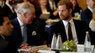 Zieke prins Charles belde met zonen William en Harry