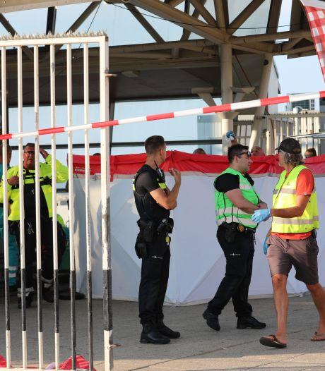 Man (19) overleden na steekpartij bij wafelkraam op De Pier in Scheveningen