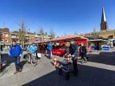 Markt in Hengelo blijft open ondanks afgelasten Enschede