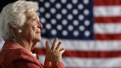 """Amerikaanse presidentsvrouw Barbara Bush (92) overleden: """"Ze hield ons tot het einde aan het lachen"""""""
