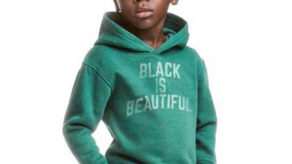 Lukaku wijst 'racistisch' H&M terecht