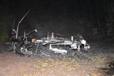 Caravan volledig uitgebrand in Steenwijk