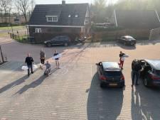 Creatieve parkeervak-afhaal in Enschede; soep op de stoep tegen eenzaamheid in Haaksbergen
