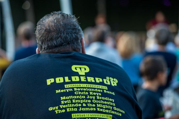 Mooi shirt.  Foto David van Haren De Gelderlander DG REGIO FOTO LEUTH