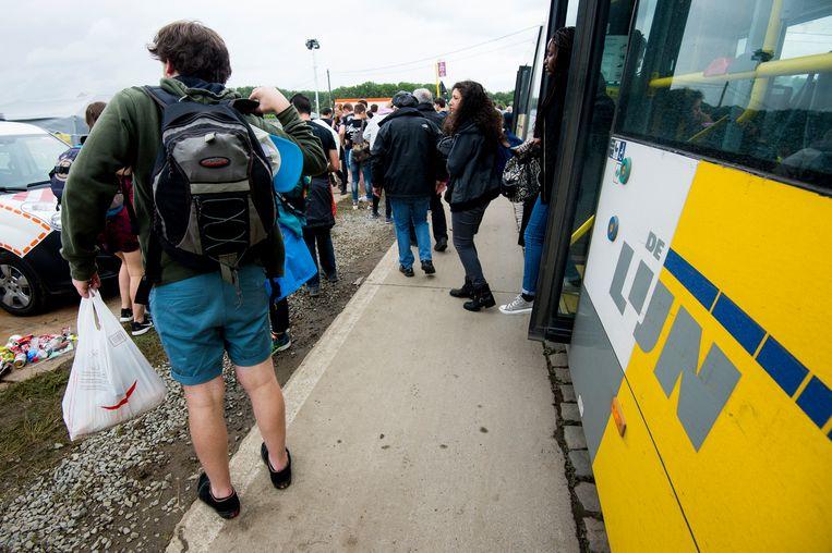 Illustratie busvervoer De Lijn naar de festivalweide van Werchter