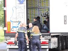 Kat-en-muisspel tussen chauffeur en vluchteling in Brabant: 'Ze poepen de hele lading onder'