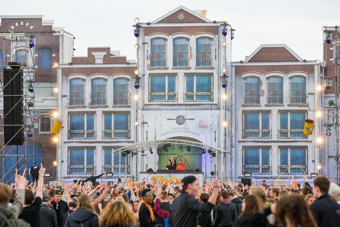 Bezoekers van Kingdance in Zwolle vieren feest tijdens de editie van 2018.