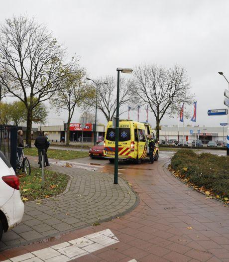 Automobilist rijdt door na ongeval in Cuijk