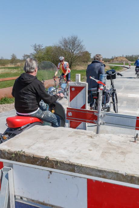 Vrij baan voor fietsers op Arembergerweg bij Belt-Schutsloot