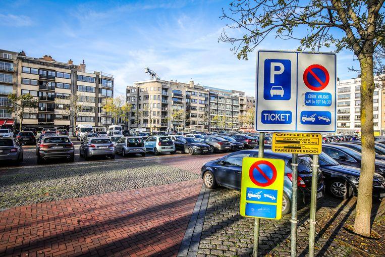Blankenberge nieuwe parkeer regeling op het Marktplein