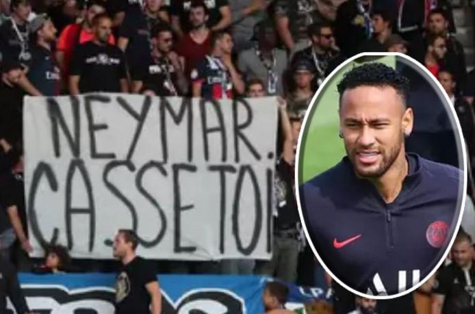 Une banderole hostile à l'encontre de Neymar