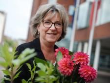Burgemeester Ellen Nauta van Hof van Twente werpt zich op tot 'hulppiet' van Sinterklaas