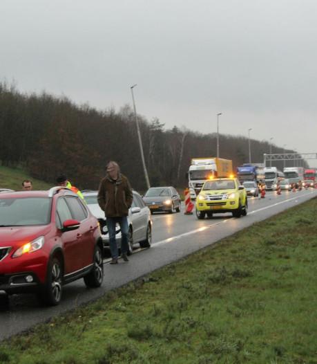 Ongeluk met twee auto's op A1 tussen Rijssen en Bathmen